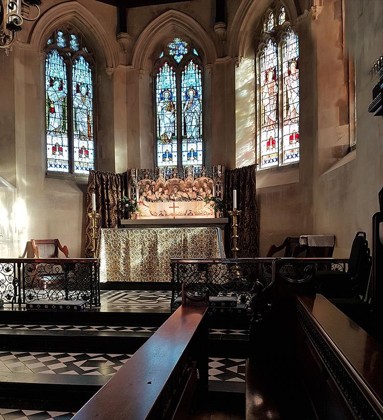 northington church altar illuminated by hogarth lighting