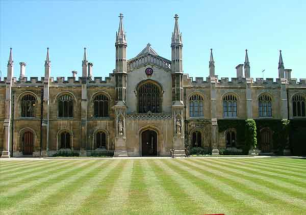 corpus christi college cambridge install Hogarth picture lights