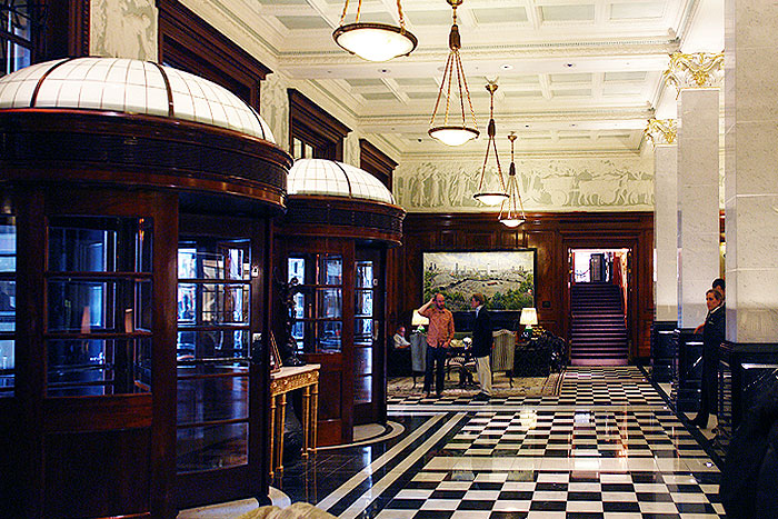Hogarth contemporary picture light light a huge painting at the savoy hotel london