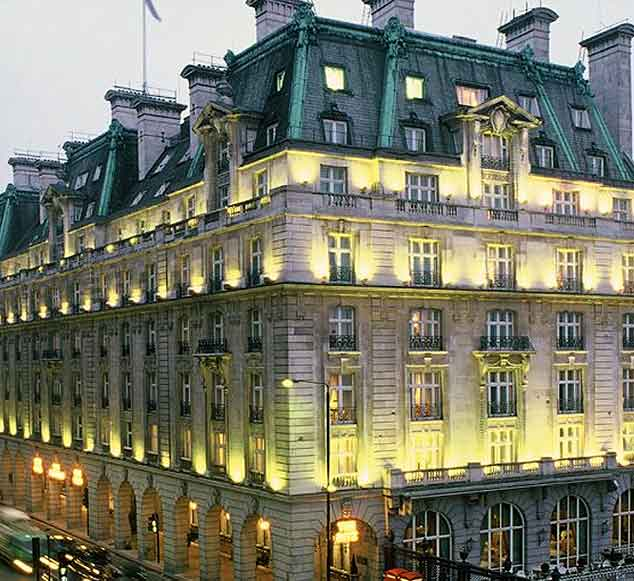 ritz hotel london install hogarth picture lights